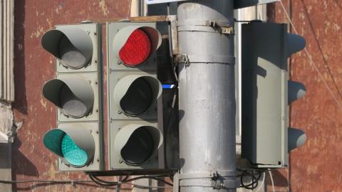 На содержание светофоров в Саратове уйдет 40 миллионов рублей