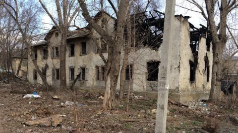Администрация не собирается сносить бомжатник в Ленинском районе