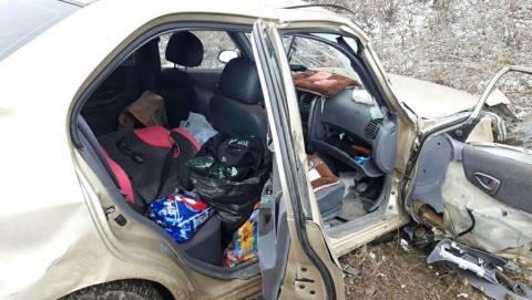 При столкновении иномарки с «Приорой» пострадал шестилетний мальчик, мужчина и женщина