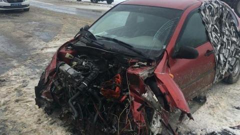 Две женщины пострадали в опрокинувшейся маршрутке в Балашовском районе