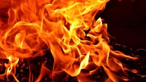Неисправная проводка вызвала пожар в жилом доме