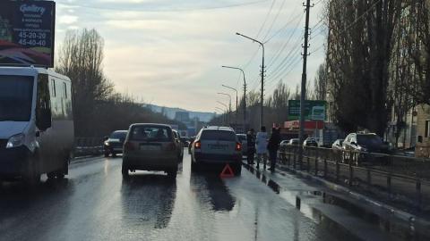 «Паровоз» из четырех иномарок в Кировском районе