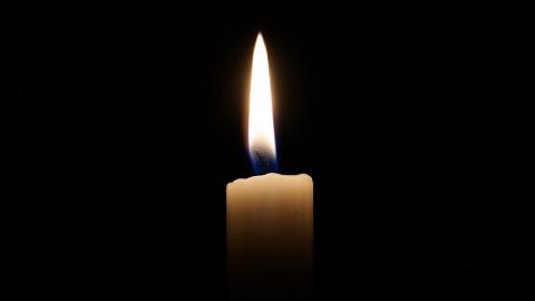 Свечи стали товаром первой необходимости для саратовцев