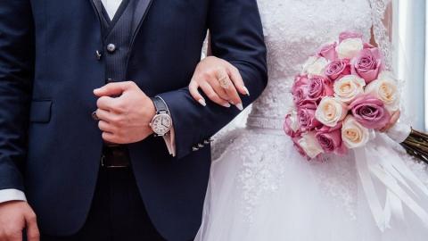 Из-за коронавируса свадьбы пройдут только в неторжественной обстановке