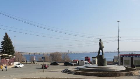 Саратовскую набережную и Парк Победы закрывают