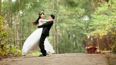 Пожениться и развестись не получится