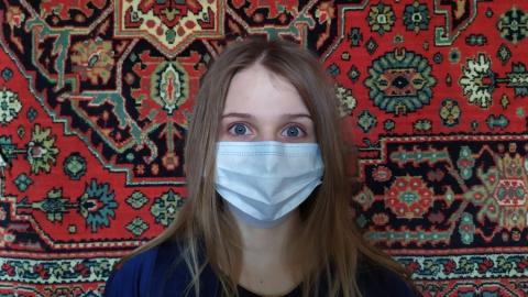 В Саратове остались в продаже немедицинские маски по 80 рублей