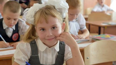 Школьникам-льготникам будут выдавать сухпайки