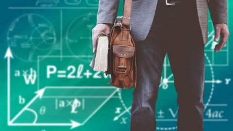 Миллион рублей хотят заработать почти 300 саратовских учителей