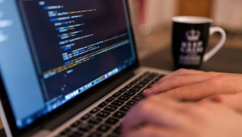 «Виртуальный» ноутбук обошёлся жительнице Татищевского района в 18,5 тысяч рублей