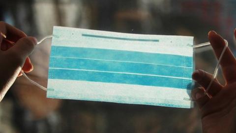 Оперативный штаб назвал три адреса продажи масок в Саратове