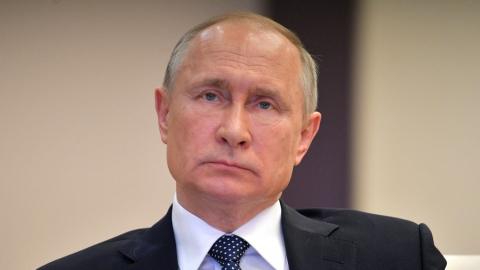 Путин заявил о недопустимости массового ограничения работы предприятий
