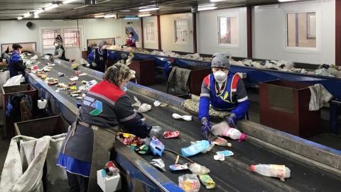 Регоператор: более 1500 человек ежедневно работают для жителей области