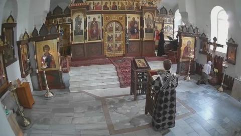 Верующим саратовцам предложили смотреть службы онлайн