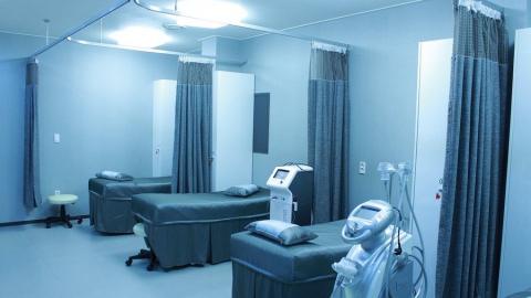 Частные клиники готовы перехватить пациентов у «коронавирусных» больниц