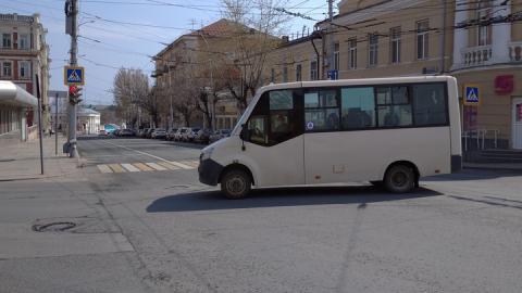 Две самые популярные саратовские маршрутки не вышли на линию