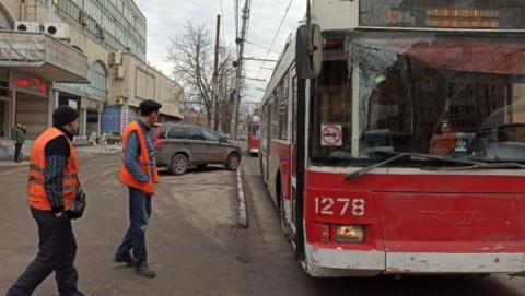 Саратовцы остались без двух маршрутов троллейбусов