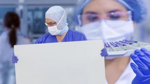 В Саратовскую область доставляют тесты на коронавирус специально для медработников