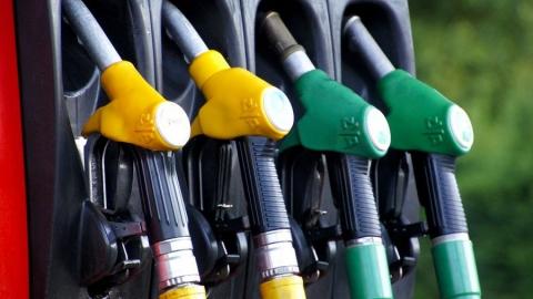 Минпром высказался по росту цен на бензин