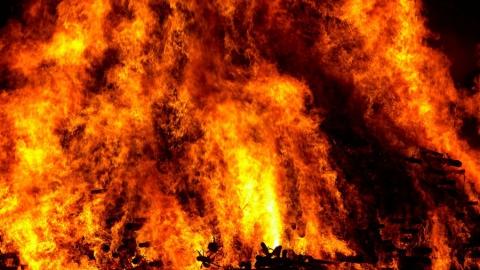 В Саратове после пожара на даче нашли неопознанный труп