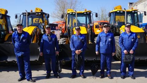 Автопарк КВС пополнили 5 новых экскаваторов JCB