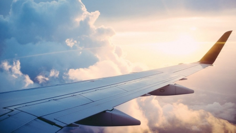 Самолет из Москвы не долетел до Саратова
