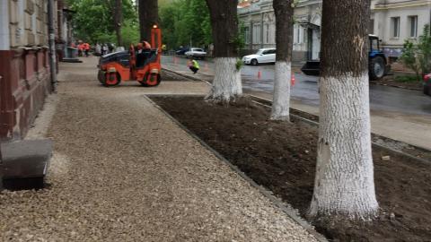 Жители Фрунзенского района отметили важность проекта Володина по ремонту тротуаров