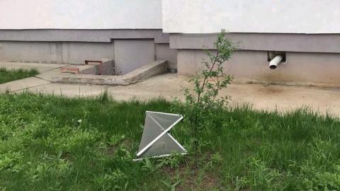 В Балакове годовалый ребенок погиб после падения из окна
