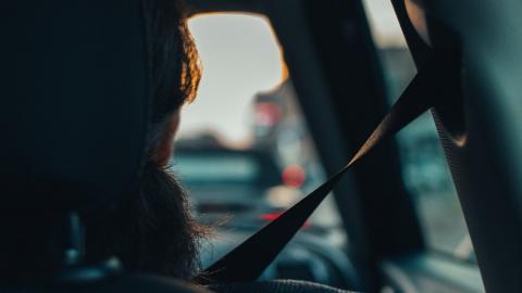 ГИБДД проверяет водителей на пристегнутый ремень
