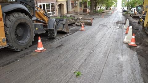 Движение по центру Саратова сильно затруднено из-за ремонтных работ