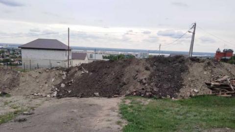 Жители Заводского района продолжают жаловаться на перекрытый проезд и бездействие властей