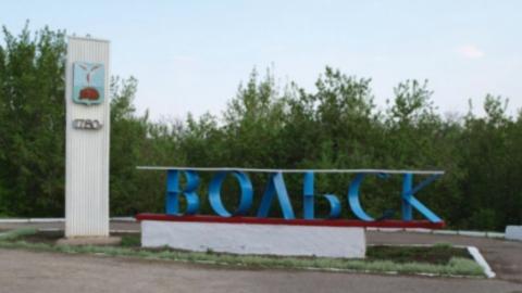 В Вольске после падения с высоты погибла 14-летняя девочка