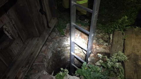 Тело селянина нашли в выгребной яме