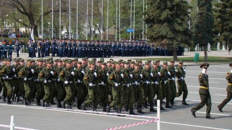 Выпускники этого года получили отсрочку от призыва в армию