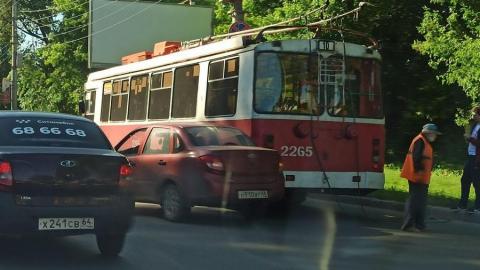 Два ДТП перекрыли проезд из Ленинского района в центр Саратова
