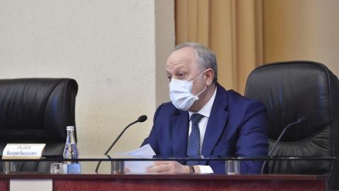 Губернатор прокомментировал жалобы бюджетников на антикоронавирусные поборы