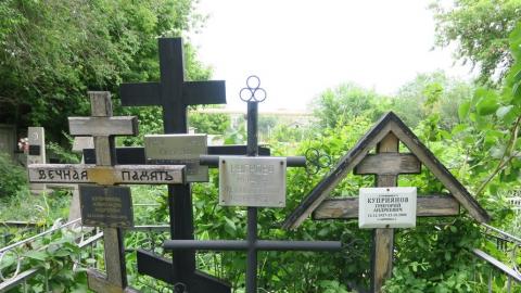 Саратовцам не удастся посетить кладбища на Троицу