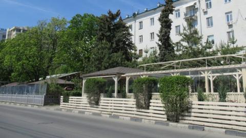 Саратовцам собираются «простить» неубранные летние кафе