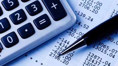 Перерасчет за коммунальные услуги увеличился в 2,7 раза