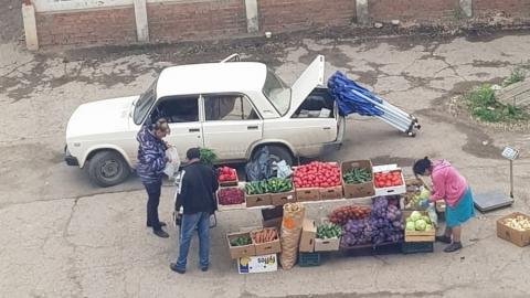 Энгельсские анонимы опять «воюют» с уличными торговцами