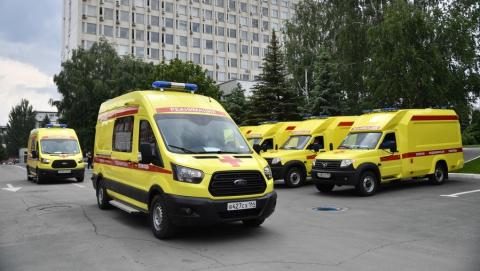 13 новых реанимобилей поступили в Саратовскую область