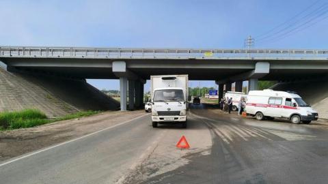 Водитель «Оки» пострадала при столкновении с китайским грузовиком