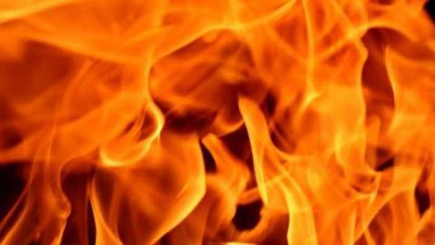 Двухкомнатная квартира загорелась в Балакове