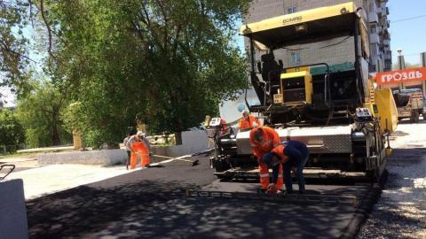 В ремонте тротуаров Саратова задействованы 423 рабочих