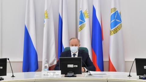 Ради роста зарплат в Саратовской области «потрясут» теневой сектор