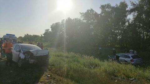 Два жителя Саратовской области погибли после столкновения с иномаркой