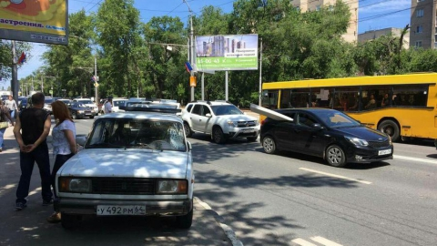 Саратовский пенсионер на «четверке» насмерть сбил женщину