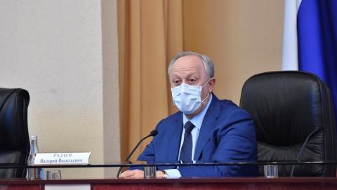 Радаев назвал стабильной ситуацию с коронавирусом в регионе