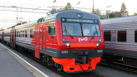 Жителям Саратовской области вернули еще один пригородный поезд