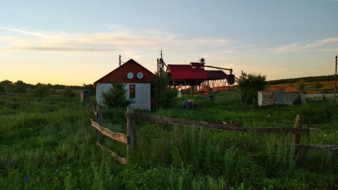 На ферме в Воскресенском районе нашли два трупа